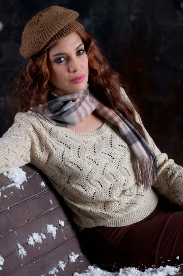 Pull over sweater with cable knit pattern